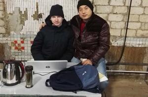 常工程师在俄罗斯调试设备