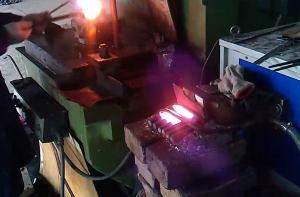 螺栓锻造炉